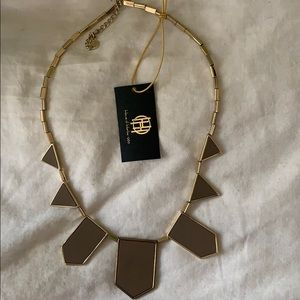 House of Harlow 1960 beige/gold necklace